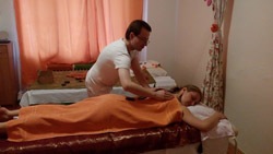 Saranrom thai massage